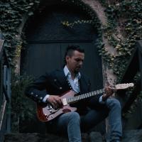 Il nuovo videoclip di FRANCESCO MONTANILE - OLD WALLS
