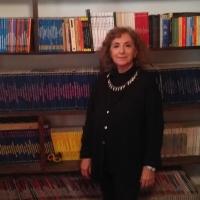"""""""Quadrilli"""": Le donne e la religione delle cose nell'isola di Procida e al di là dei suoi confini"""