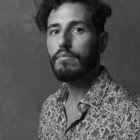 Limbrunire, cantautore e musicista ligure, presenta il suo romanzo d'esordio: