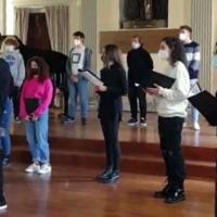 """""""Tra memoria e ricordo"""": gli studenti del Petrarca raccontano Shoah e Foibe"""