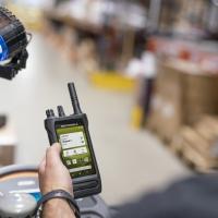 La prima smart radio pensata per le aziende è di Motorola