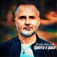 """PIETRO DANIELE """"Guerra e pace"""" il nuovo singolo del cantautore napoletano"""