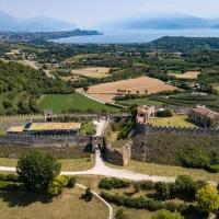 17 marzo – La Rocca di Lonato del Garda si illuminerà di verde in occasione del Global Greening che vede coinvolti circa 440 importanti siti di tutto il mondo