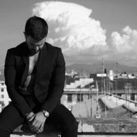 LOST è il nuovo singolo di BORA per l'etichetta Rivoluzione Dischi