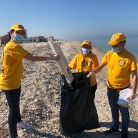 Marotta: Volontari attivi per ridurre i danni della plastica abbandonata sulla spiaggia