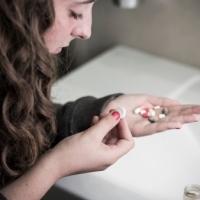 Negli USA un ragazzo su 8 abusa di farmaci antidolorifici
