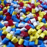 I Diversi processi di lavorazione delle materie plastiche