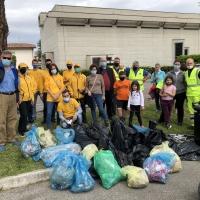 I volontari si prendono cura del quartiere Sacro Cuore