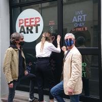 PEEP ART per riaccendere le vetrine del mondo
