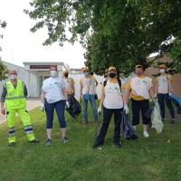 Intervento dei volontari nel quartiere di Villanova