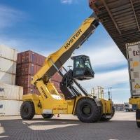 CLS offre soluzioni award winning a livello globale nel settore porti e interporti: il Reachstacker RS46 CLS-Hyster si aggiudica il premio per la sicurezza ai FLTA Awards for Excellence 2020