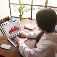 Come scegliamo l'auto? Prezzo e consumi