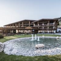 Autunno di benessere e buona tavola all'Hotel Granbaita Dolomites di Selva di Val Gardena per godere lo straordinario spettacolo del Burning Dolomites