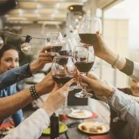 Reggere bene l'alcool è una predisposizione all'alcolismo
