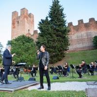 """In prima assoluta il concerto pop sinfonico """"Roby Facchinetti Symphony"""" con arrangiamenti e direzione d'orchestra del Maestro Diego Basso"""