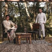 """Brilhantismo na Sala de Estar"" di Kel Ferey e Woolmay Mayden alla settimana della moda a Milano"