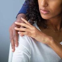 Sesso dopo il parto: i problemi più comuni e l'aiuto della fisioterapia