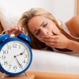 L'anno lavorativo  è appena iniziato e tu già non sopporti più la sveglia?