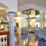 All'Atlantic Hotel Riccione, l'estate 2010 è a 5 stelle con sconti su soggiorni di 5, 10, 15 notti sul Lungomare